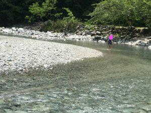 大滝キャンプ場で水遊び