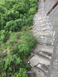 秩父のダムといえば荒川ダム。階段が怖すぎる