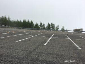 美ヶ原自然保護センター駐車場の昼間